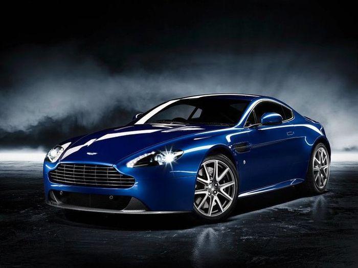 Новинка от Aston Martin V8 Vantage S (6 фото)