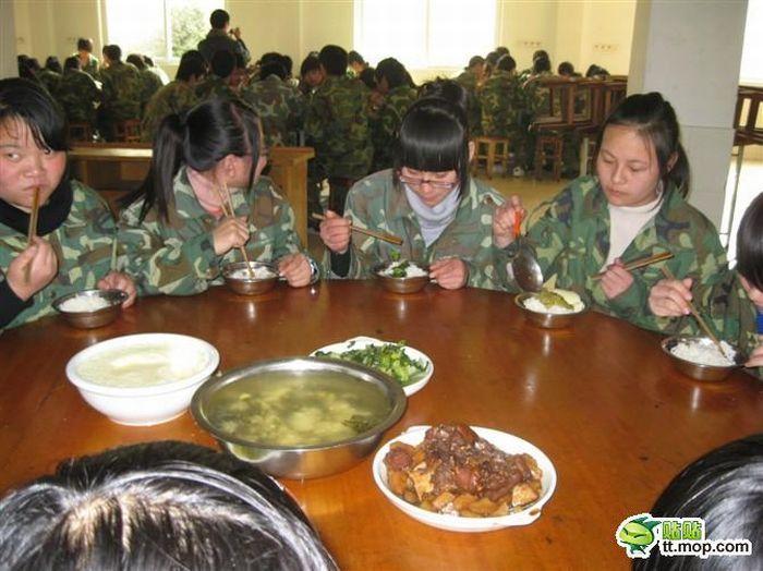 Китайский камуфляж (7 фото)