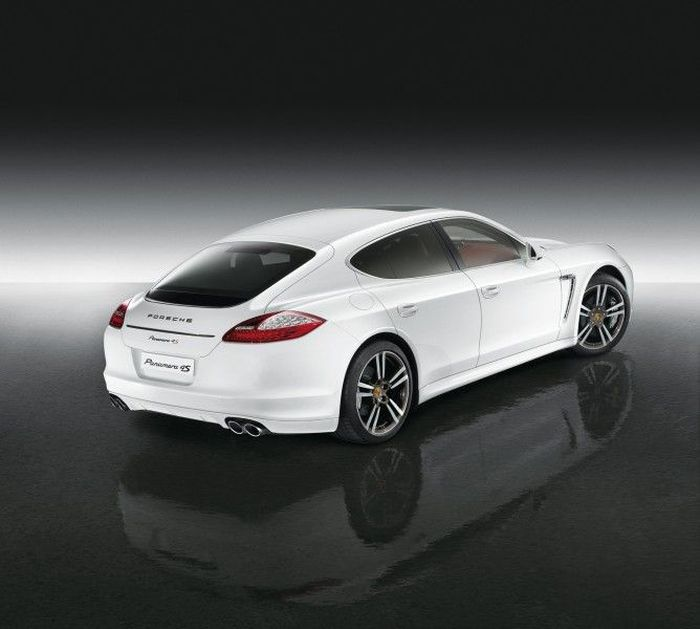 Porsche Panamera 4S Exclusive Middle East Edition (4 фото)