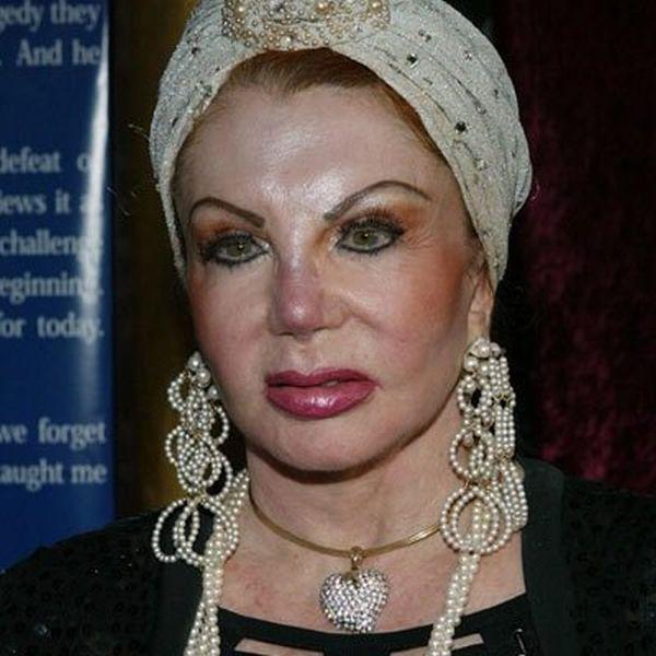 Мама известного актера (29 фото)