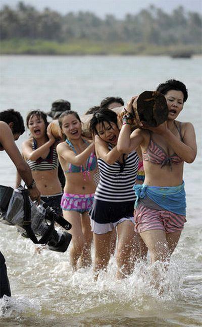 Курсы подготовки телохранителей на пляже (9 фото)