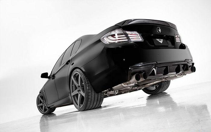 BMW 5-серии F10 получила обвес от Vorsteiner (18 фото)