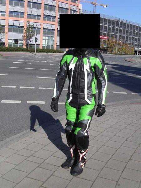 Природный тюнинг шлема немецкого мотоциклиста (3 фото)