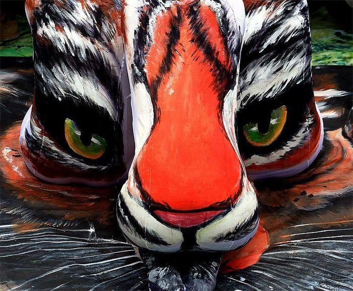 Тигрицы (2 фото)