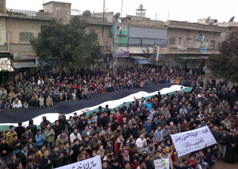 s s32 RTR2VZ4Q 990x706 Беспорядки в Сирии