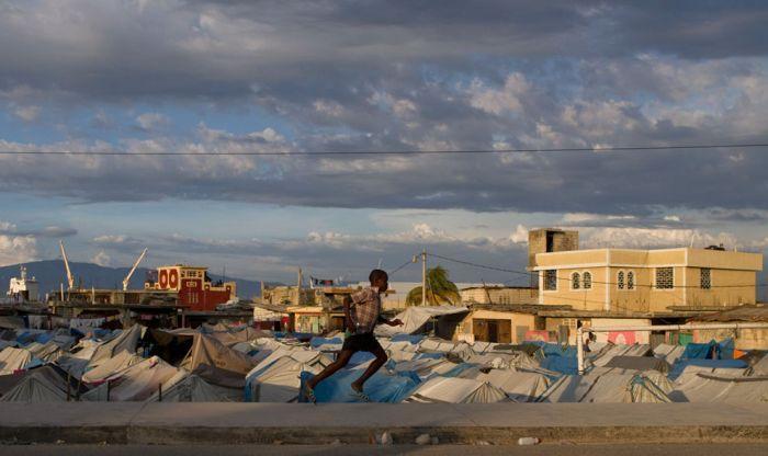 Гаити спустя два года после землетрясения (42 фото)