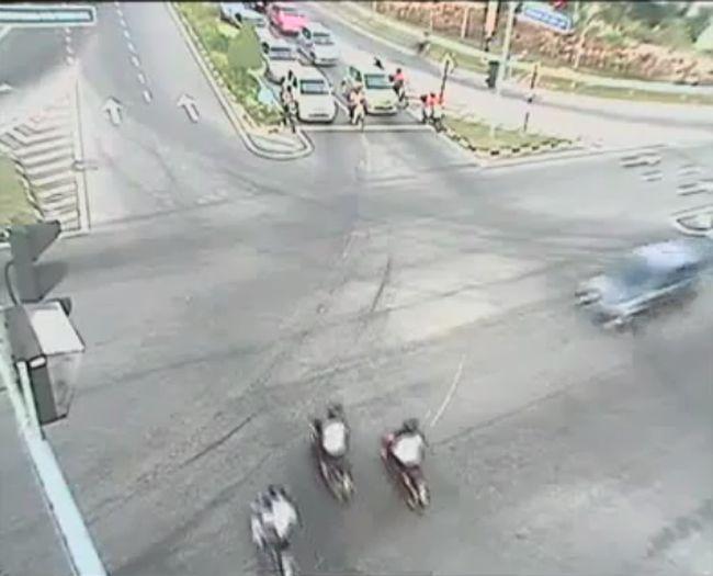 Авария дня часть 426 (фото+видео)