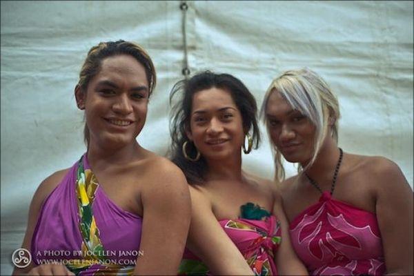 Золушки Самоа (3 фото)