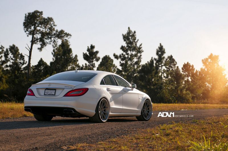 Mercedes-Benz CLS 63 AMG получил стайл-пакет от ADV.1 Wheels (18 фото)
