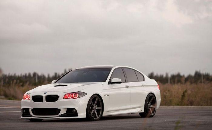 BMW 5 серии в кузове F10 подверглась стайлингу в Vossen (12 фото)