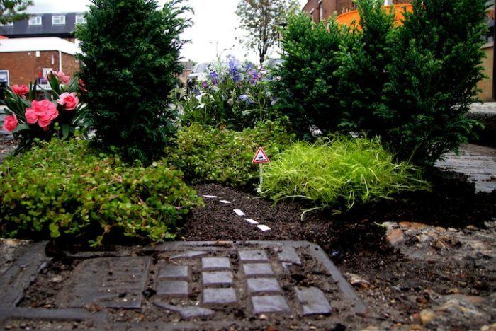 Садовник дорожных ям (17 фото)