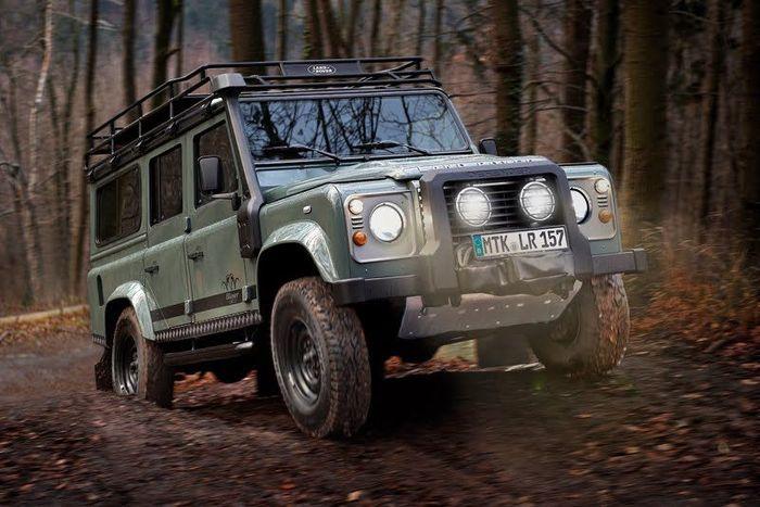 Охотничий  Land Rover Defender Blazer Edition (5 фото)