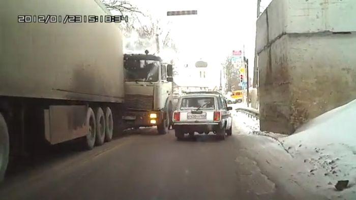 Авария дня часть 437 (фото+видео)