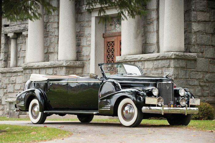 Автомобиль трех президентов США выставлен на торги (9 фото)