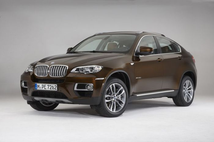 Рестайлинговый BMW X6 в новом цвете Marrakesh Brown (16 фото)