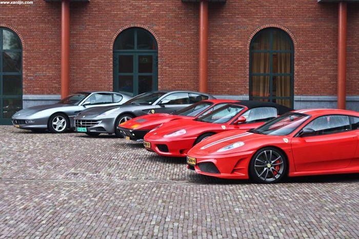 Сбор голландского Ferrari клуба (28 фото)