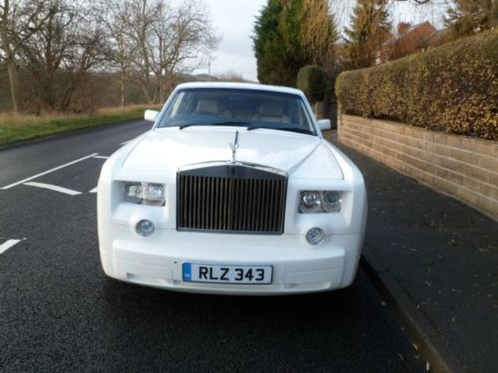 Из Bentley Turbo RL сделали Rolls-Royce Phantom (10 фото)