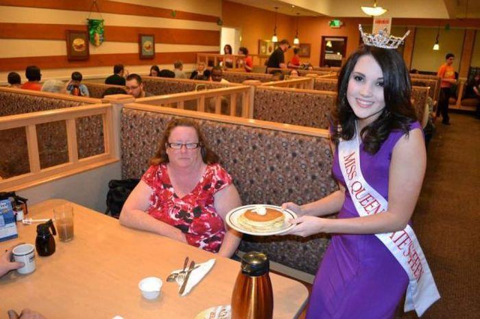 Шикарное фото выражение лица, еда, закусочная, королева красоты, официантка, ресторан