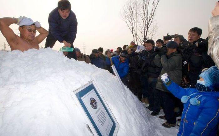 Шикарное фото азиаты, китайцы, не понятно, прикол, снег, фотографируют
