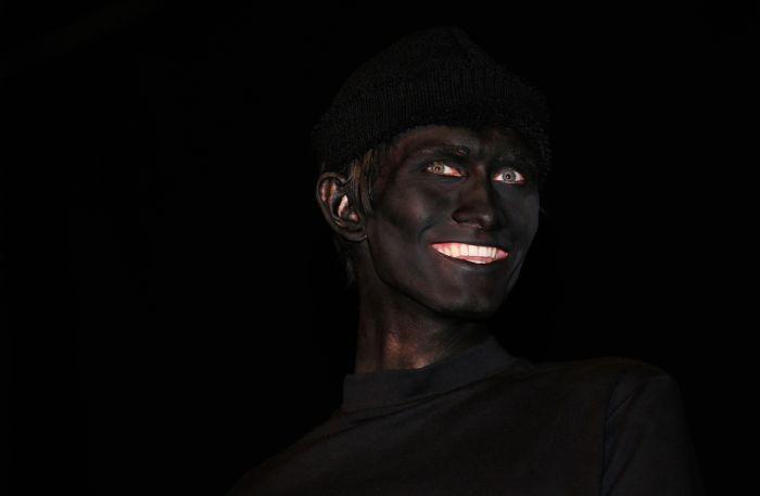 Фотоподборка выражение лица, грабитель, разукрасили, улыбка, чернокожий