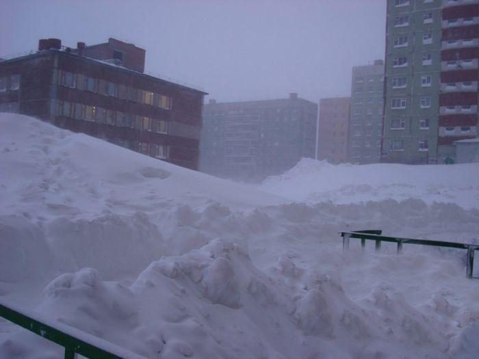 снегопад, снег, сугроб, зима, норильск
