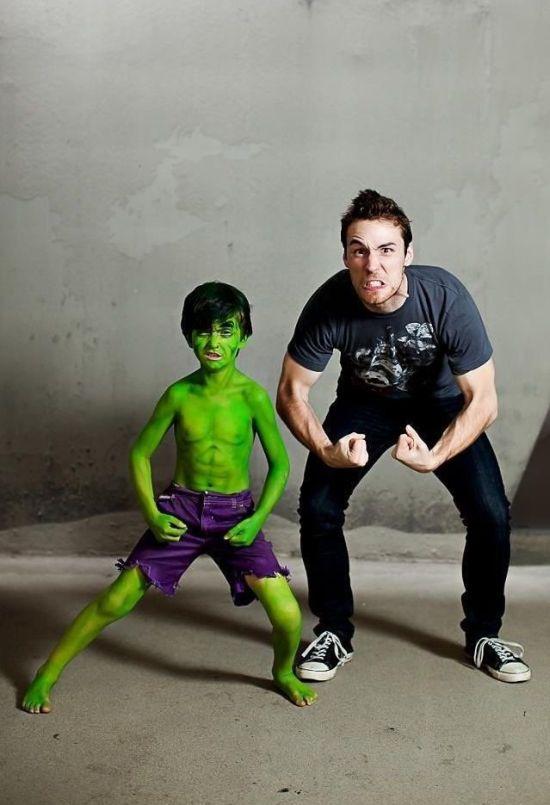 Красивые фото зеленый, отец и сын, покрасили, прикольная фотка, халк