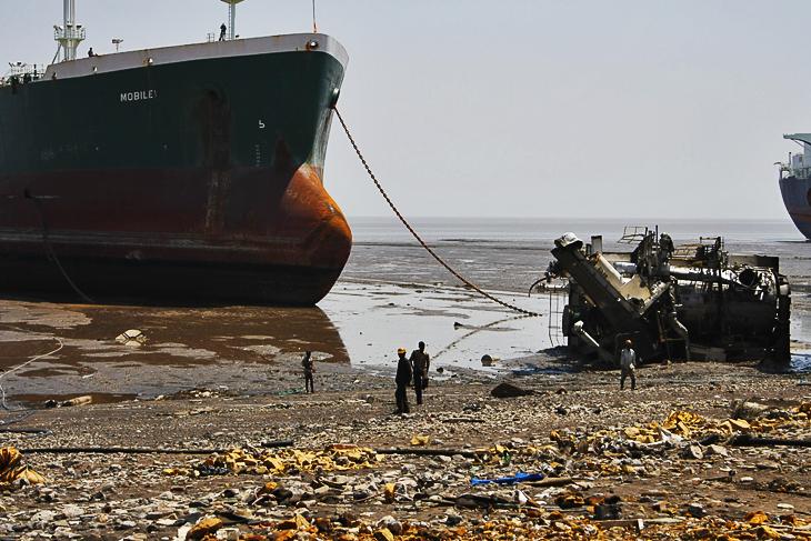 Alang: Donde los buques van a morir 03