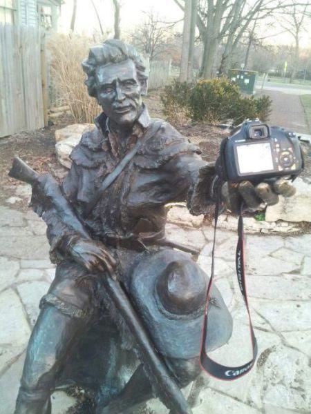 Фотка креатив, сам себя, смешная фотография, статуя, фотоаппарат, фотографирует