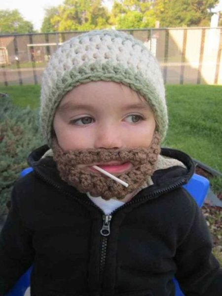 Смешной фотоприкол борода, вязаная, малыш, ребенок, связала, шапка