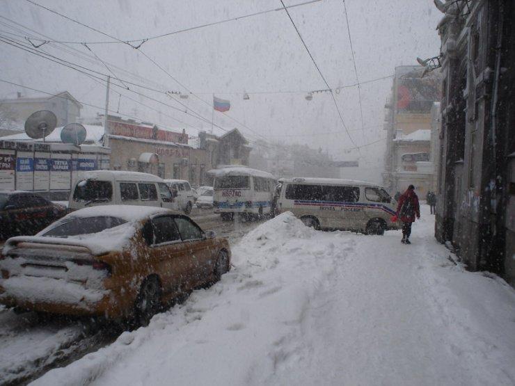 владимирович снегопад во владивостоке фото ночь