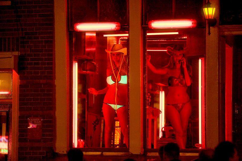 дом красных фонарей порно какой-то момент