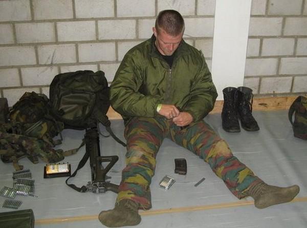 Армия швейцарии страна цвета хаки 45
