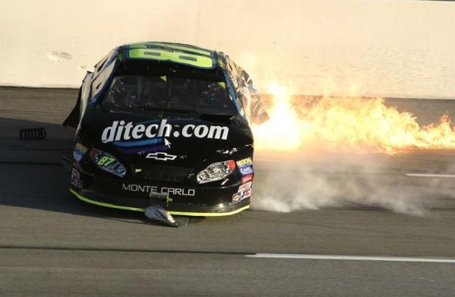 NASCAR - аварии во время гонок (35 фото)