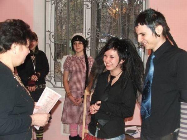 Готические свадьбы (25 фото)