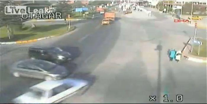 Ужасные аварии с пострадавшими (фото+2 видео)