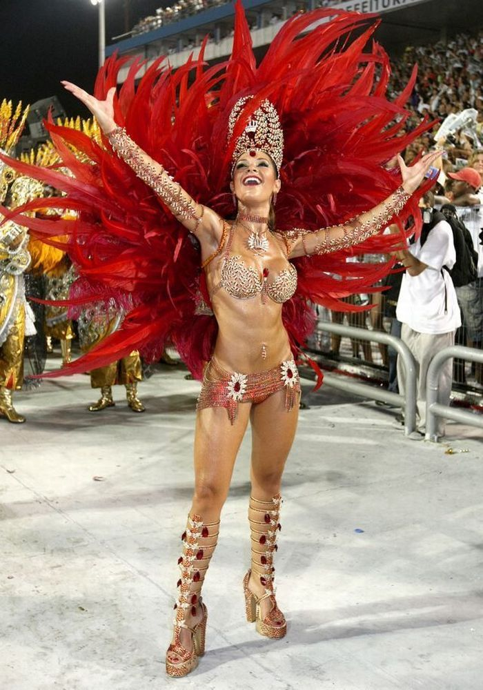giral-and-rio-carnival-milf-weather-girl