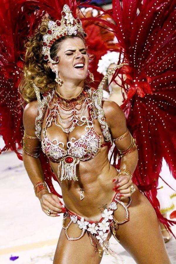 Бразильские девушки карнавал горячее видео — photo 4