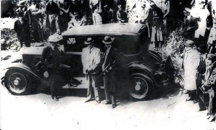 Бронированные автомобили Аль Капоне (21 фото)