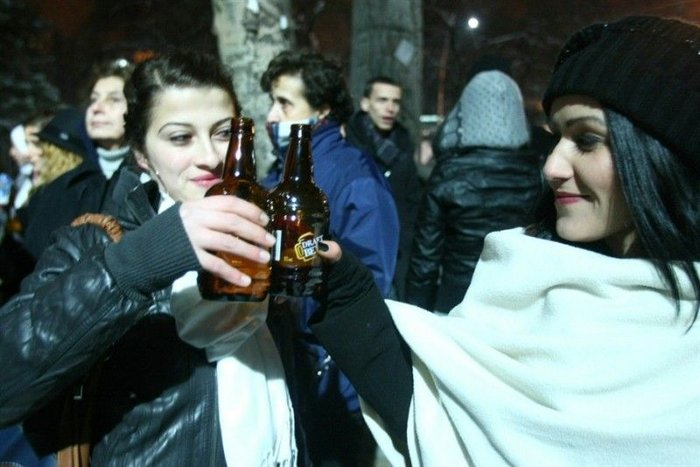 Алкогольный флешмоб в турецкой столице (9 фото + текст)