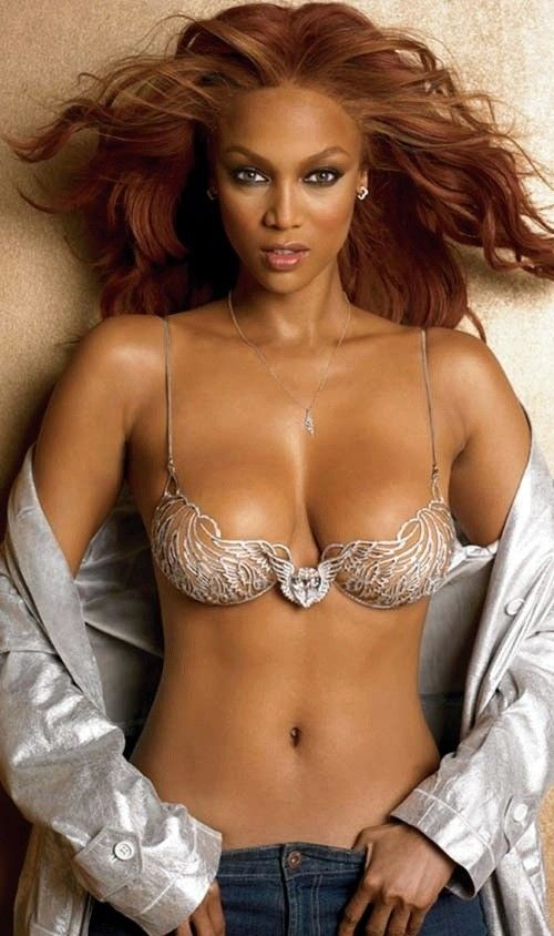 Tyra banks half naked 12