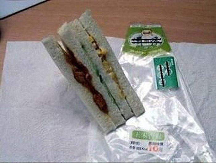 Аппетитный бутерброд (2 фото)