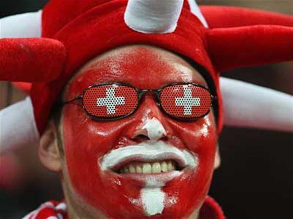 Настоящие футбольные фанаты (25 фото)