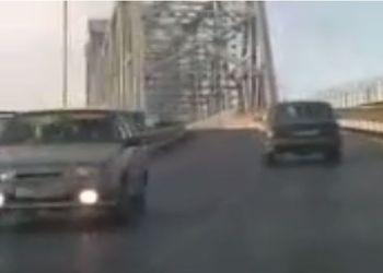 Пьяная женщина устроила ДТП на мосту