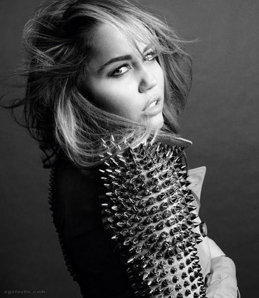 Miley Cyrus (8 фото)