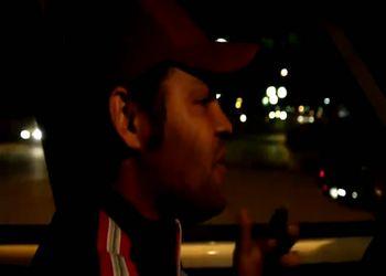 Таксист отлично пародирует Майкла Джексона
