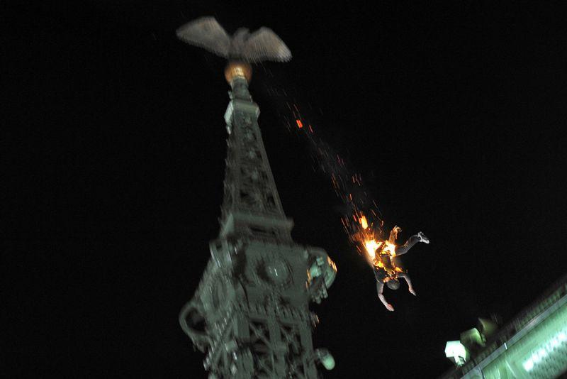 6. Самоубийство в Будапеште 22 мая. Первое место в категории «Горячие новости». (Peter Lakatos, Hungary, MTI)