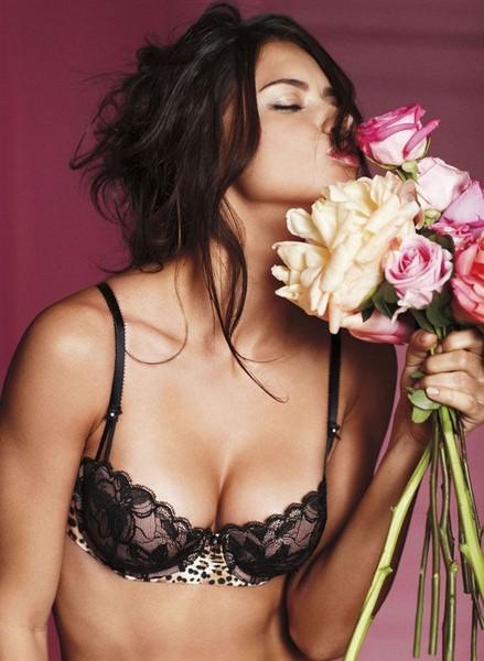 Adriana Lima в нижнем белье (7 фото)