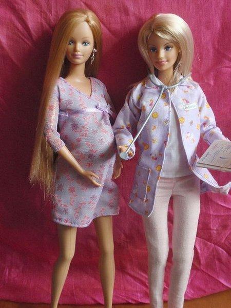 Беременная подружка Барби (18 фото)