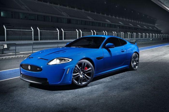 Новый хищник Jaguar XKR-S (4 фото)