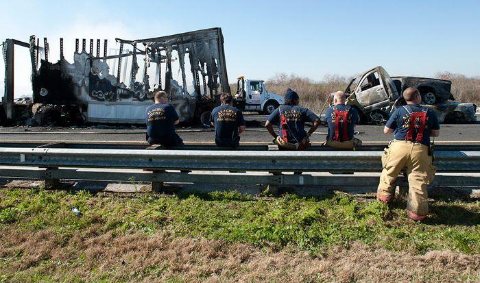 Страшная авария во Флориде (9 фото)